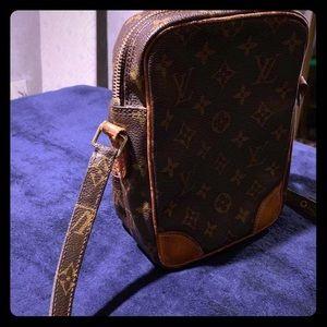 💋 Authentic Louis Vuitton 💋